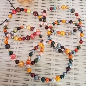 Jewelry - Multi-colored set of freshwater pearl bracelets